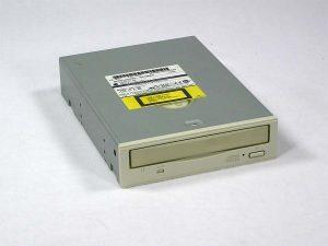 8x-cd-1.jpg