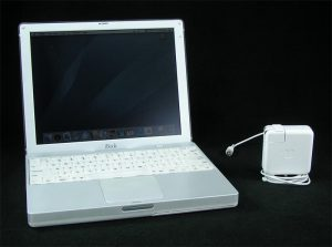 ibook-g3-uv2122h1mdw-1.jpg