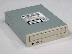 pmg4-32x-cd-1.jpg
